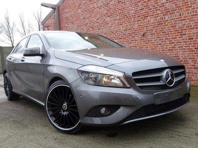 "Mercedes A180 ""70 000KM"" Benzine/Navi/pdc/clima/euro 6/2016"