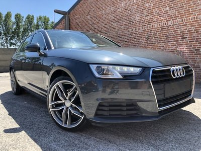 "Audi A4 avant ""AUTOMAAt"" Navi/leder/led/pdc/pdc/euro6/2017"